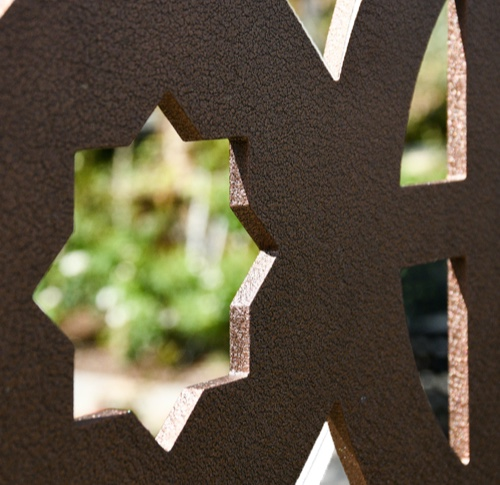 Closeup of a Parasoleil Panel highlighting its thickness and structural strength